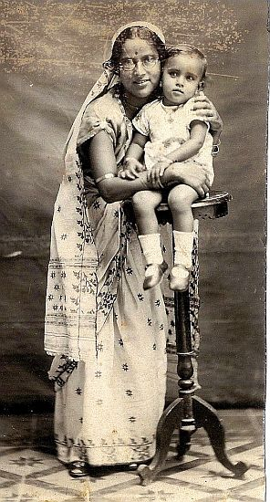 Sadhona and mother 1933