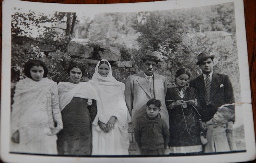Bhata family in Muree