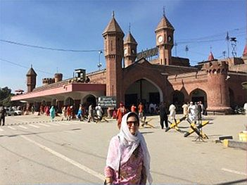 Sarab in front of Lahore railway Station 2016